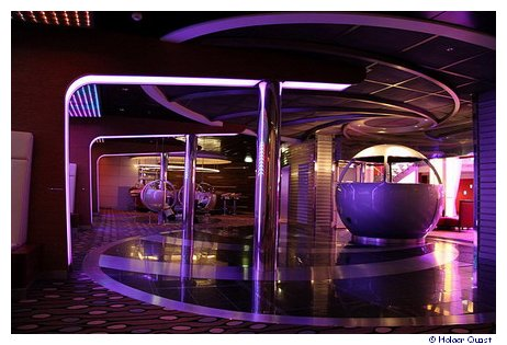 Disco der Celebrity Equinox