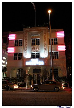 Art Deco at night - Miami Beach