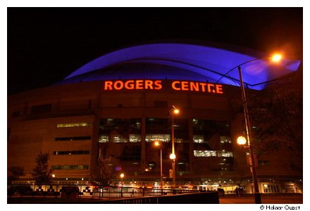Rogers Centre at night