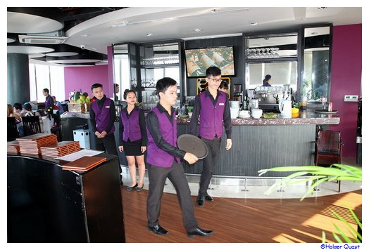 Tour Bitexco Restaurant